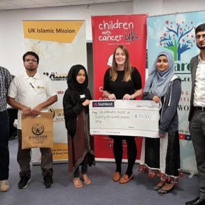 2,000 young Muslims raise £20,000 for children living with Cancer in the UK